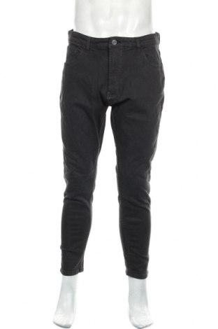 Мъжки дънки Pull&Bear, Размер L, Цвят Черен, 98% памук, 2% еластан, Цена 19,76лв.