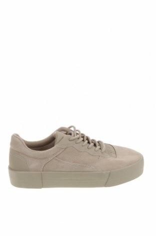 Ανδρικά παπούτσια Bershka, Μέγεθος 42, Χρώμα  Μπέζ, Φυσικό σουέτ, δερματίνη, Τιμή 32,15€