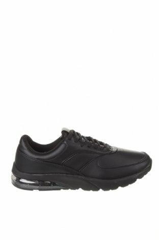 Мъжки обувки Pull&Bear, Размер 45, Цвят Черен, Еко кожа, Цена 44,25лв.
