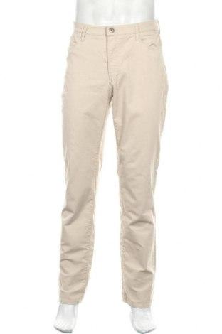 Мъжки панталон Brax, Размер M, Цвят Бежов, 97% памук, 3% еластан, Цена 14,52лв.