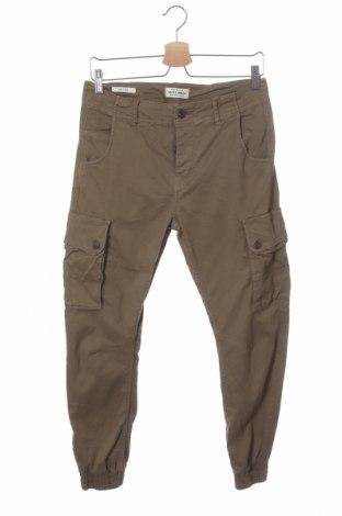 Мъжки панталон Jack & Jones, Размер S, Цвят Зелен, 98% памук, 2% еластан, Цена 34,50лв.