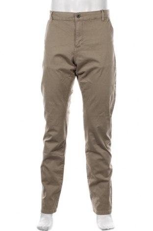 Pantaloni de bărbați Q/S by S.Oliver, Mărime XL, Culoare Bej, 97% bumbac, 3% elastan, Preț 97,60 Lei
