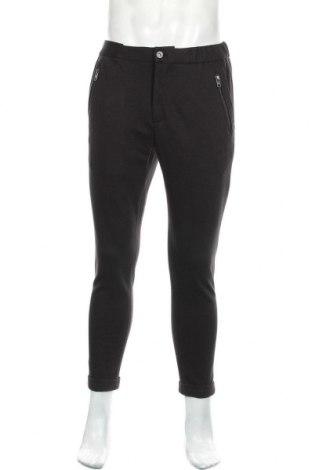 Pantaloni de bărbați Tigha, Mărime M, Culoare Negru, 53% bumbac, 45% poliester, 2% elastan, Preț 359,21 Lei