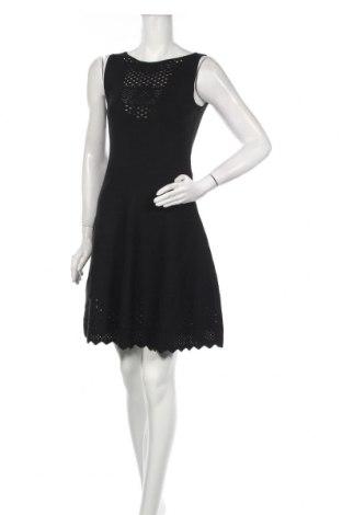 Šaty  Guess By Marciano, Velikost S, Barva Černá, 65% viskóza, 35% polyamide, Cena  1084,00Kč