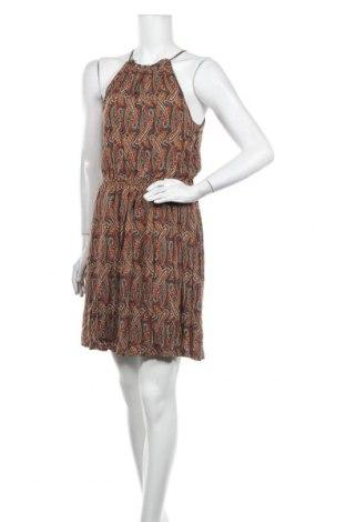 Šaty  Pull&Bear, Velikost L, Barva Vícebarevné, Cena  335,00Kč