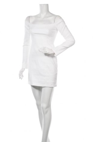 Рокля Zara, Размер M, Цвят Бял, 53% памук, 44% полиестер, 3% еластан, Цена 39,00лв.