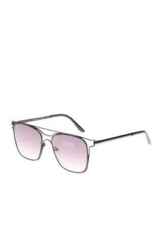 Γυαλιά ηλίου Guess, Χρώμα Μαύρο, Τιμή 80,80€