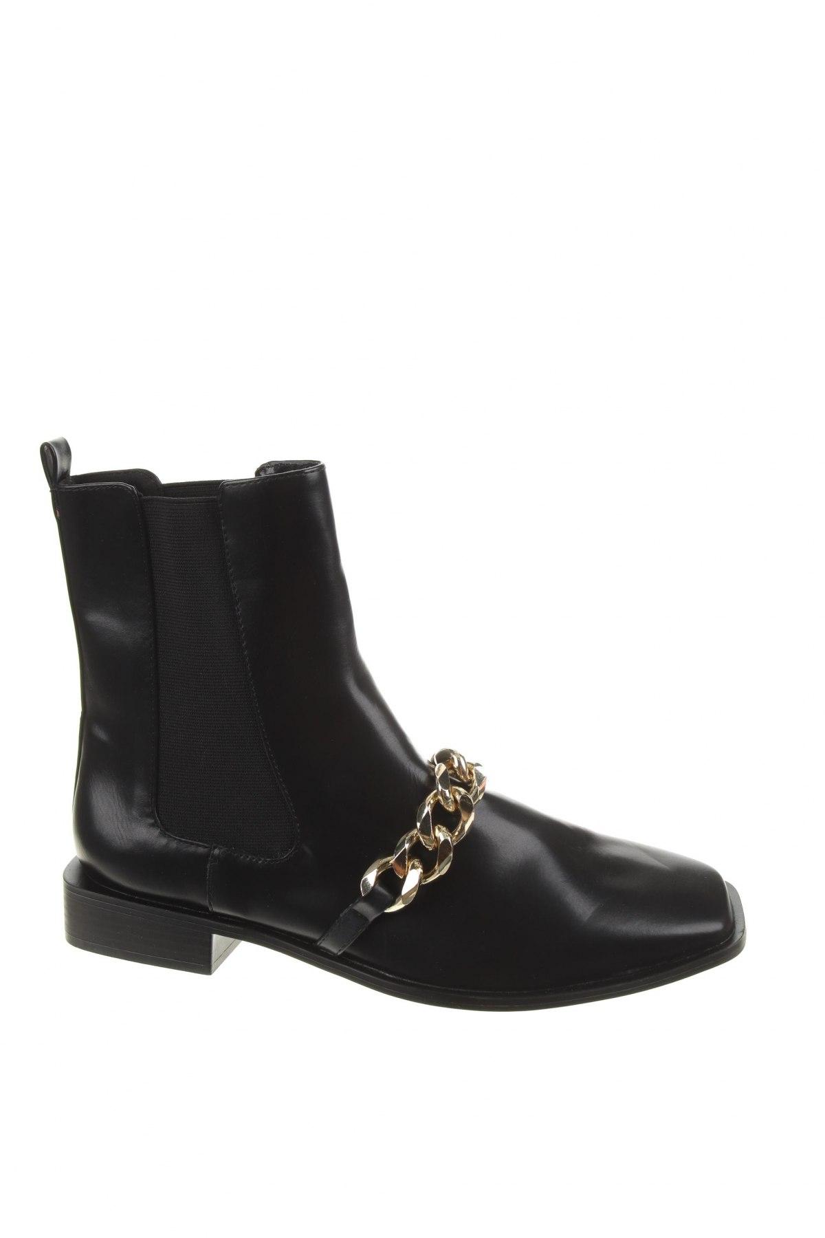 Дамски боти Zara, Размер 41, Цвят Черен, Еко кожа, Цена 74,25лв.