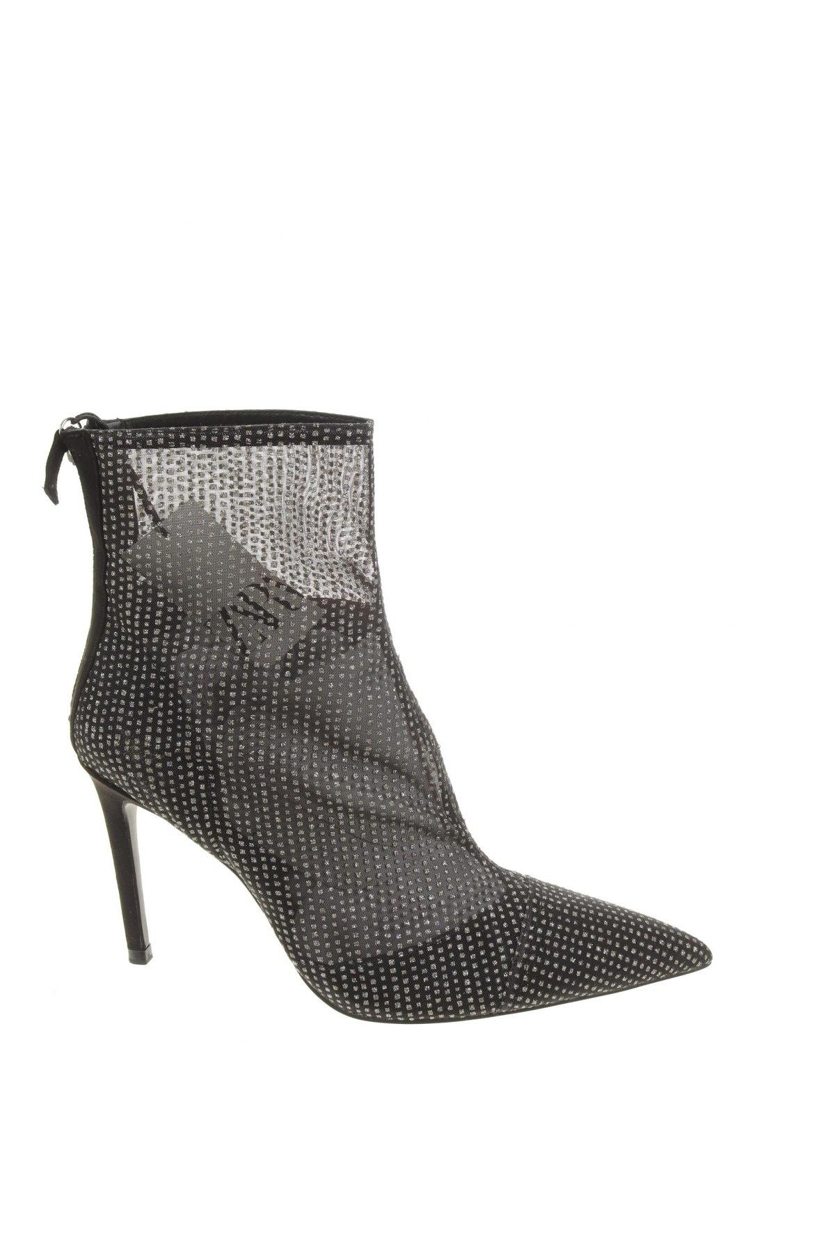 Дамски боти Zara, Размер 40, Цвят Черен, Текстил, Цена 74,25лв.