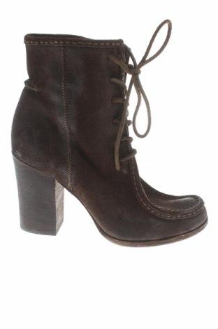 Dámské topánky  Frye