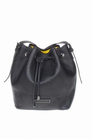 Γυναικεία τσάντα Esprit, Χρώμα Μαύρο, Δερματίνη, Τιμή 17,28€