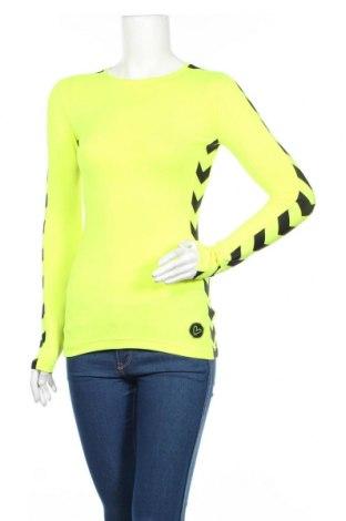 Дамска спортна блуза, Размер S, Цвят Зелен, 80% полиамид, 20% еластан, Цена 21,84лв.