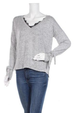 Γυναικεία μπλούζα Vero Moda, Μέγεθος M, Χρώμα Γκρί, 84% πολυεστέρας, 12% βισκόζη, 4% ελαστάνη, Τιμή 11,11€