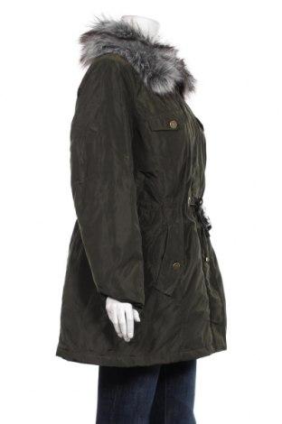 Дамско яке Bpc Bonprix Collection, Размер L, Цвят Зелен, Полиестер, Цена 45,14лв.