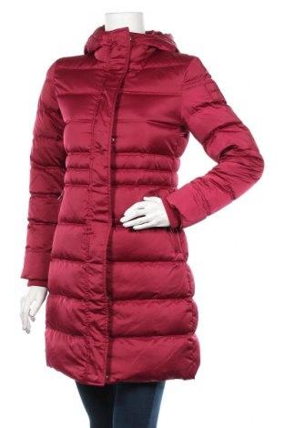 Γυναικείο μπουφάν Calvin Klein Jeans, Μέγεθος XS, Χρώμα Κόκκινο, Πολυεστέρας, φτερά και πούπουλα, Τιμή 195,36€