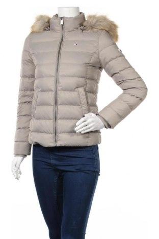 Γυναικείο μπουφάν Tommy Hilfiger, Μέγεθος XS, Χρώμα  Μπέζ, Πολυεστέρας, φτερά και πούπουλα, Τιμή 195,36€