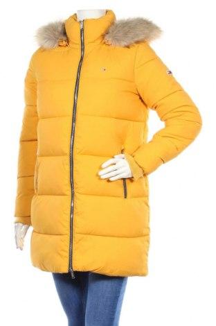Γυναικείο μπουφάν Tommy Hilfiger, Μέγεθος S, Χρώμα Κίτρινο, 100% πολυαμίδη, Τιμή 174,74€