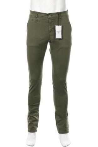 Ανδρικό παντελόνι, Μέγεθος M, Χρώμα Πράσινο, 98% βαμβάκι, 2% ελαστάνη, Τιμή 18,56€