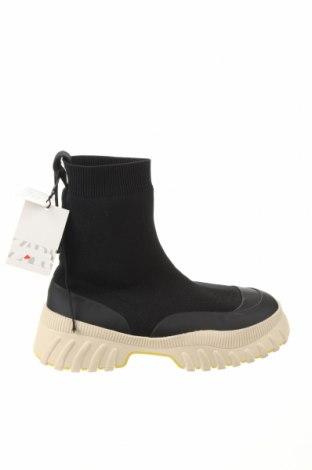 Дамски боти Zara, Размер 38, Цвят Черен, Текстил, полиуретан, Цена 48,95лв.