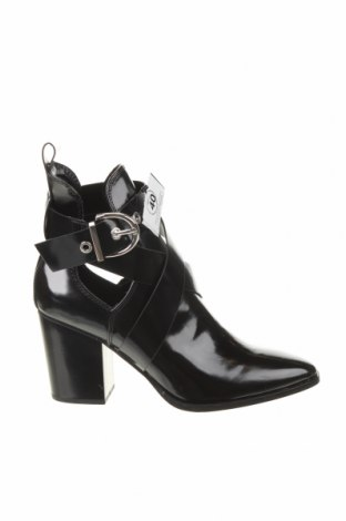 Botine de damă Zara, Mărime 40, Culoare Negru, Piele ecologică, Preț 75,66 Lei
