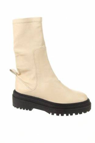Дамски боти Zara, Размер 40, Цвят Бежов, Естествена кожа, Цена 106,50лв.