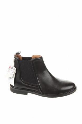 Детски обувки Zara, Размер 39, Цвят Черен, Естествена кожа, Цена 43,45лв.