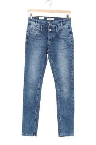Дамски дънки Denim Hunter, Размер XS, Цвят Син, 98% памук, 2% еластан, Цена 66,75лв.