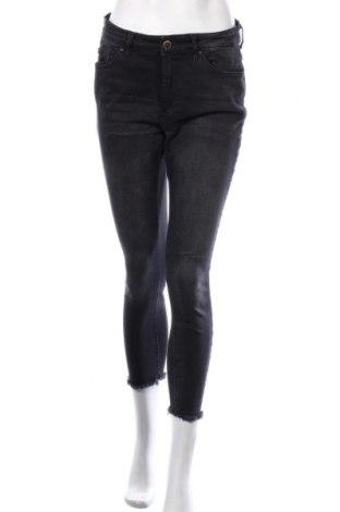 Dámské džíny  ONLY, Velikost L, Barva Černá, 92% bavlna, 6% jiné tkaniva , 2% elastan, Cena  464,00Kč