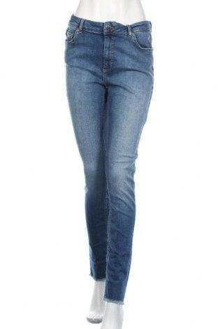 Дамски дънки ONLY, Размер XL, Цвят Син, 92% памук, 8% еластан, Цена 51,75лв.