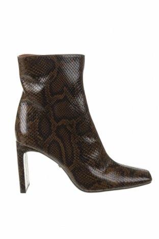 Дамски боти Zara, Размер 39, Цвят Кафяв, Естествена кожа, Цена 31,80лв.