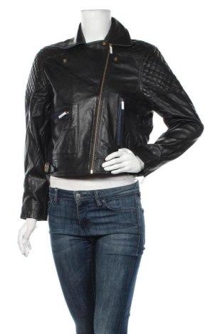 Дамско кожено яке Levi's, Размер L, Цвят Черен, Естествена кожа, текстил, Цена 278,85лв.