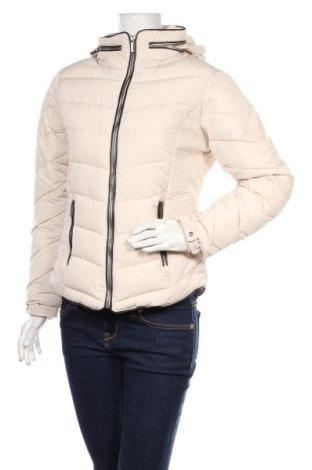 Γυναικείο μπουφάν Soya Concept, Μέγεθος S, Χρώμα Εκρού, Πολυεστέρας, Τιμή 37,97€