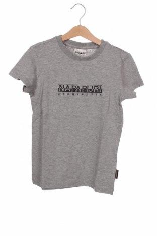 Детска тениска Napapijri, Размер 7-8y/ 128-134 см, Цвят Сив, Памук, Цена 44,25лв.