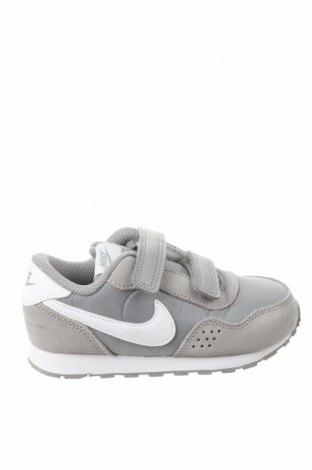 Детски обувки Nike, Размер 26, Цвят Сив, Естествен велур, текстил, Цена 48,95лв.