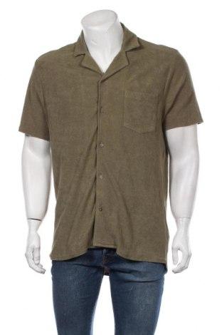 Мъжка риза Revolution, Размер L, Цвят Зелен, Памук, Цена 39,00лв.