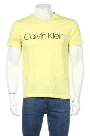 Ανδρικό t-shirt Calvin Klein, Μέγεθος M, Χρώμα Κίτρινο, Βαμβάκι, Τιμή 28,61€