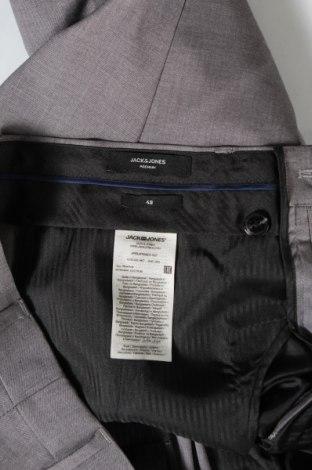 Мъжки панталон Premium By Jack & Jones, Размер M, Цвят Сив, 74% полиестер, 23% вискоза, 3% еластан, Цена 27,72лв.
