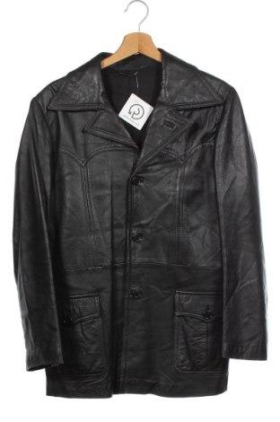 Мъжко кожено яке, Размер S, Цвят Черен, Естествена кожа, Цена 17,06лв.