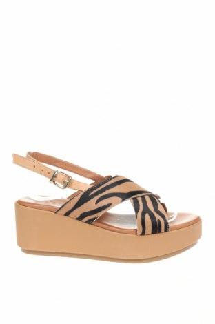 Sandale Inuovo, Mărime 38, Culoare Multicolor, Piele naturală, blană naturală, Preț 244,25 Lei
