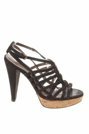 Σανδάλια Uterque, Μέγεθος 40, Χρώμα Μαύρο, Γνήσιο δέρμα, Τιμή 39,90€