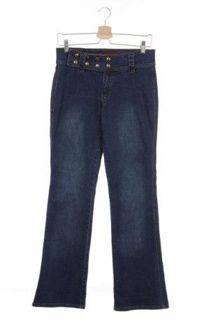Детски дънки, Размер 13-14y/ 164-168 см, Цвят Син, 97% памук, 3% еластан, Цена 8,50лв.