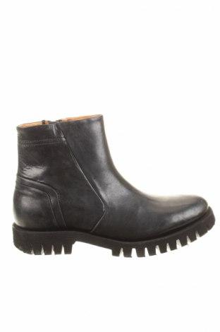 Férfi cipők  Diesel