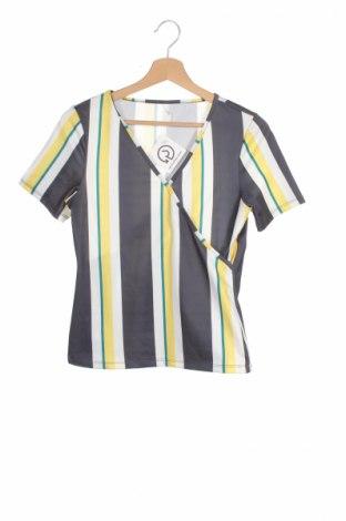Детска блуза, Размер 13-14y/ 164-168 см, Цвят Многоцветен, Цена 5,50лв.