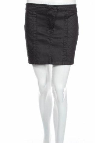 Пола Clockhouse, Размер S, Цвят Черен, 66% памук, 31% полиестер, 3% еластан, Цена 6,50лв.