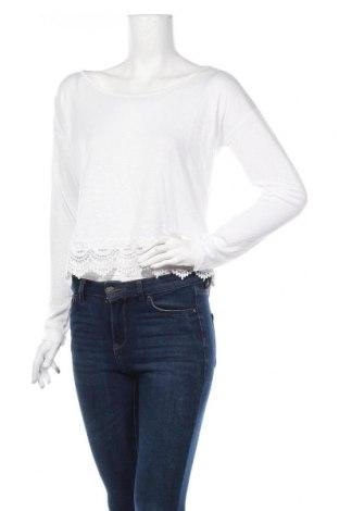 Дамска блуза Ajc, Размер XXS, Цвят Бял, Вискоза, Цена 4,20лв.