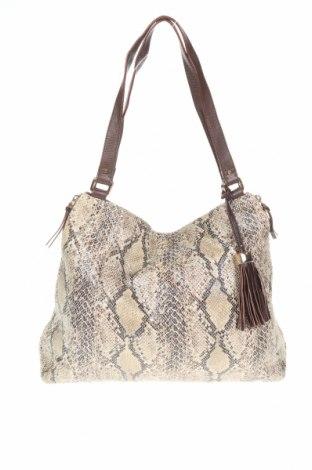 Дамска чанта Stella & Dot, Цвят Бежов, Еко кожа, Цена 50,78лв.