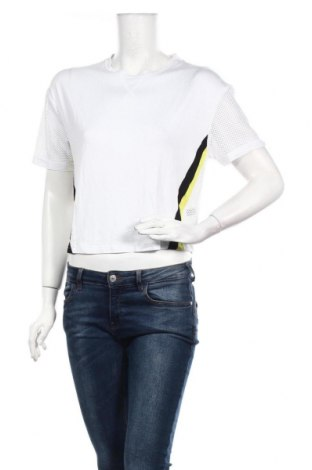 Дамска спортна блуза Undiz, Размер M, Цвят Бял, 90% полиамид, 10% еластан, Цена 7,20лв.