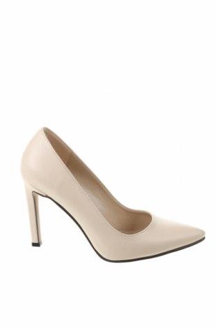 Γυναικεία παπούτσια Trendyol, Μέγεθος 38, Χρώμα Εκρού, Δερματίνη, Τιμή 15,30€