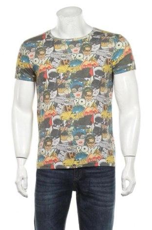 Мъжка тениска Dc Comics, Размер S, Цвят Многоцветен, 60% полиестер, 40% памук, Цена 19,20лв.