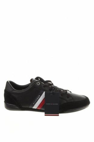 Мъжки обувки Tommy Hilfiger, Размер 42, Цвят Черен, Естествена кожа, естествен велур, Цена 141,75лв.